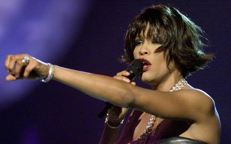 Whitney Houston chanteuse wallpaper