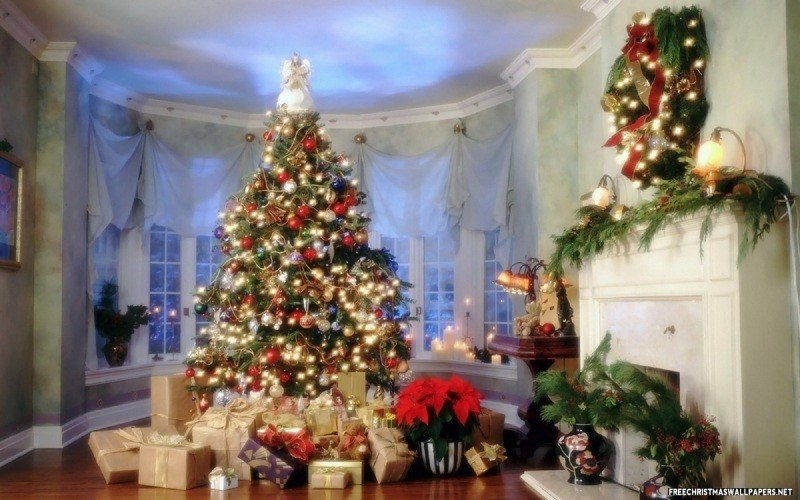 Beautiful Christmas room wallpaper