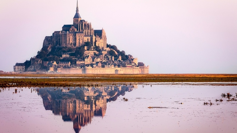 Baie Mont St Michel France photo