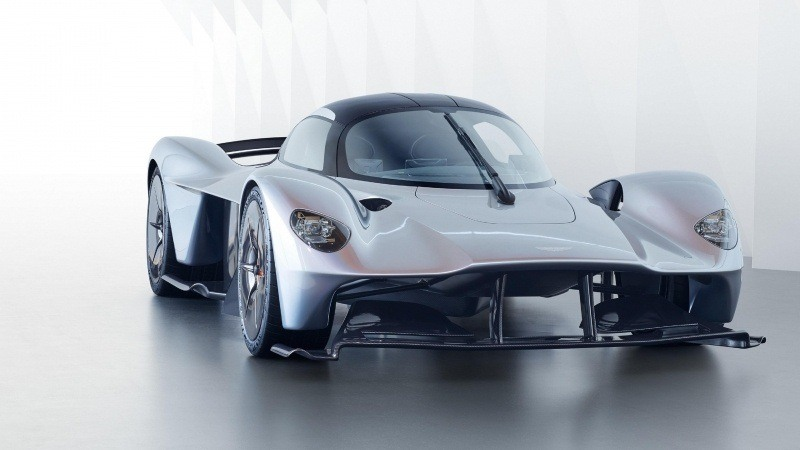 sport Aston Martin Valkyrie photo
