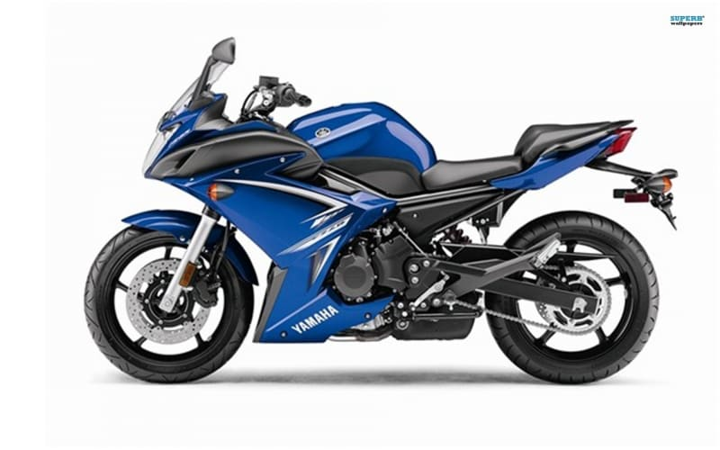 Yamaha motorbike FZ6R bleu photo