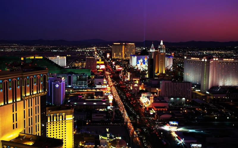 Las Vegas by night wallpaper