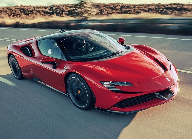 Fond ecran HD Ferrari SF90 2020 Supercar Hybrid PHEV voiture sport V8 bi turbo image picture télécharger wallpaper picture